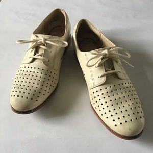 Clark's Cream Oxfords